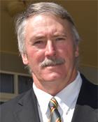 Division 6 Cr Scott Henschen